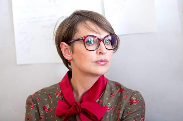 """Светлана Бодрова и сейчас работает по профессии - режиссер на """"Первом канале"""". После смерти супруга продолжает жить одна. """"В моей жизни Сережа – это последний мужчина, который был, и никого больше в моей жизни не появилось ни мысленно, ни физически, никак"""", – призналась она в интервью """"КП""""."""