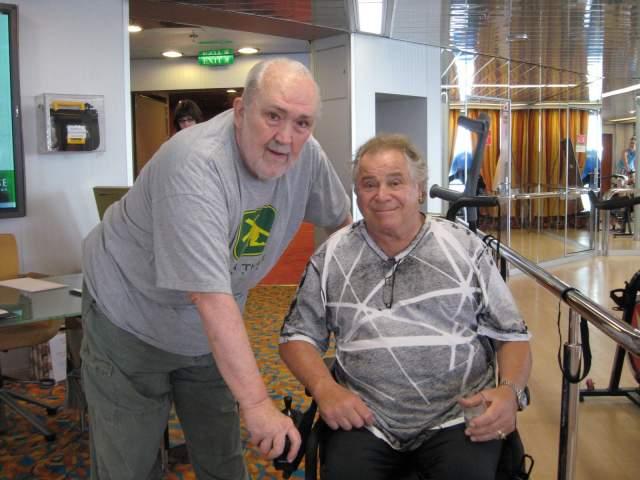 Метрано серьезно повредил спинной мозг, упав в собственном доме в 1989 году. В результате у него произошел паралич - к счастью, временный.