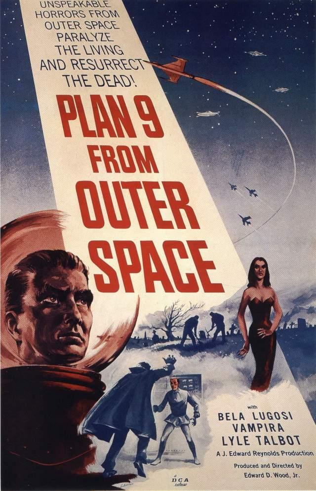 """""""План 9 из открытого космоса"""" (1959). В середине пятидесятых режиссёр Эд Вуд-младший снимал отличные фильмы. Через сорок лет по его биографии снимут великолепный фильм с Джонни Деппом и окажется, что лучший фильм Эда Вуда — тот, к которому он не имел никакого отношения."""