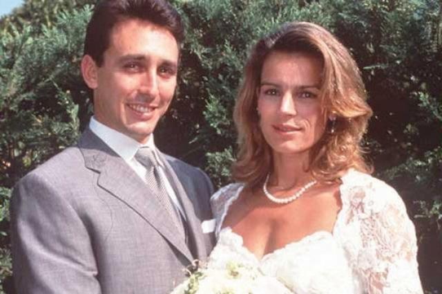 Принцесса Монако Стефания. В 1991 году избранником принцессы, прославившейся своей экстравагантностью, стал ее телохранитель Даниэль Дюкре, ранее работавший рыбаком и торговцем.