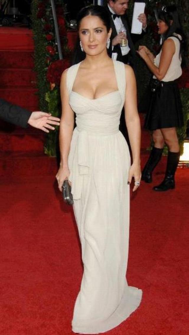 Сальма Хайек. Супруга французского миллионера является самой успешной мексиканской актрисой в Голливуде.