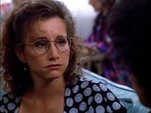 Габриель Картерис - Андреа Цукерман. В сериале Габриэль играла героиню почти в два раза младше себя. Это значит, что, на момент съемок, актриса была самой старшей из всего молодежного состава.