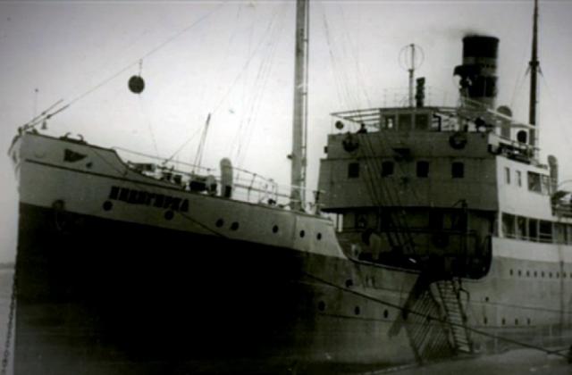 """В мае 1940 года Королев возвращается в Москву. При этом в Магадане он не попал на пароход """"Индигирка"""" (по причине занятости всех мест). Это спасло ему жизнь: следуя из Магадана во Владивосток пароход затонул у острова Хоккайдо во время шторма."""