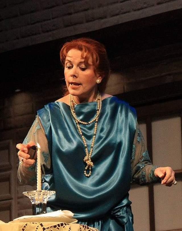 """Клара Новикова, 72 года. Артистка с 2010 года пробовала себя в театре """"Гешер"""" как драматическая актриса."""