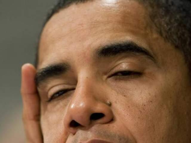 Барак Обама (сенатор на тот момент) не смог побороть сон во время заседания комитета по международным отношениям.