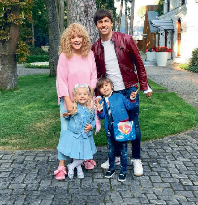 Максим Галкин. Супруг Аллы Пугачевой точно так же, как и она, стал резидентом Кипра.