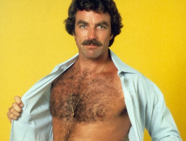 Актер продемонстрировал мужественную грудь, но ограничился исключительно этим.
