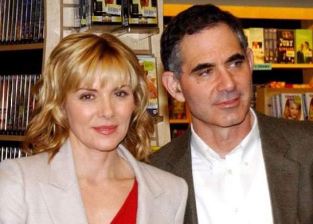 Ким Кэтролл. 61 год. Замужем была дважды: первый муж - Марк Левинсон, второй - Андрэ Дж. Лисон.