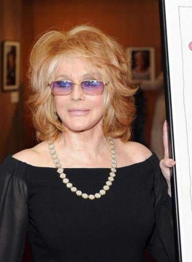 """Энн-Маргрет, 78 лет Американская актриса, певица и танцовщица шведского происхождения родилась 28 апреля 1941 года. Как актриса она известна прежде всего своими ролями в фильмах """"да здравствует Лас-Вегас"""", """"Цинциннати Кип"""",""""Познание плоти"""" и """"Томми""""."""