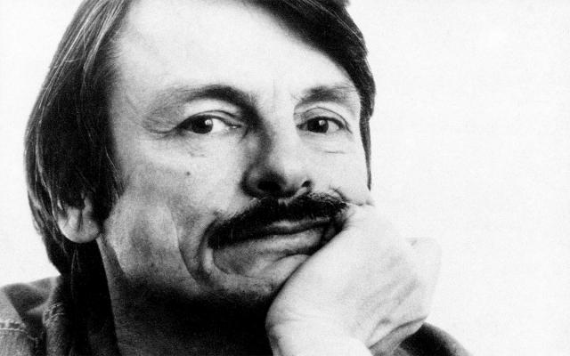 Андрей Тарковский. Тарковский был ведущим кинорежиссером советской эпохи, который был вынужден бежать на запад в 1983 году.