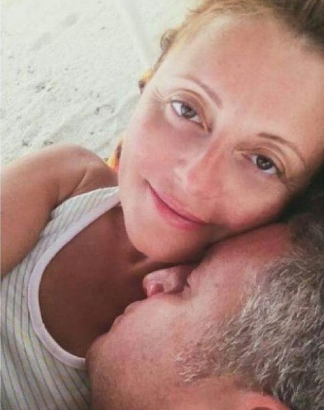 """Анжелика Варум. Звезда поделилась """"утренним"""" фото в своем Инстаграме."""