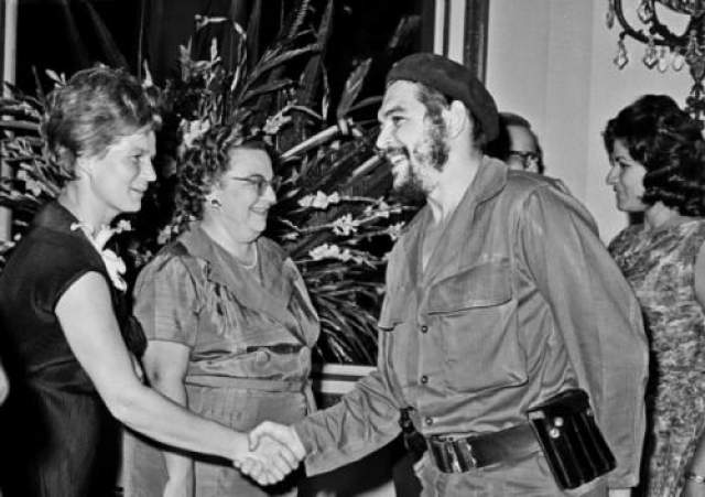 Валентина Терешкова и Эрнесто Че Гевара, 1963 год.