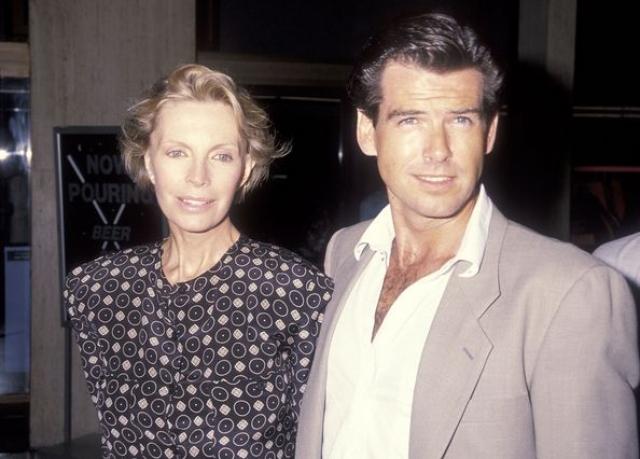 Кассандра умерла на руках Пирса в декабре 1991 года. Актер был безутешен.