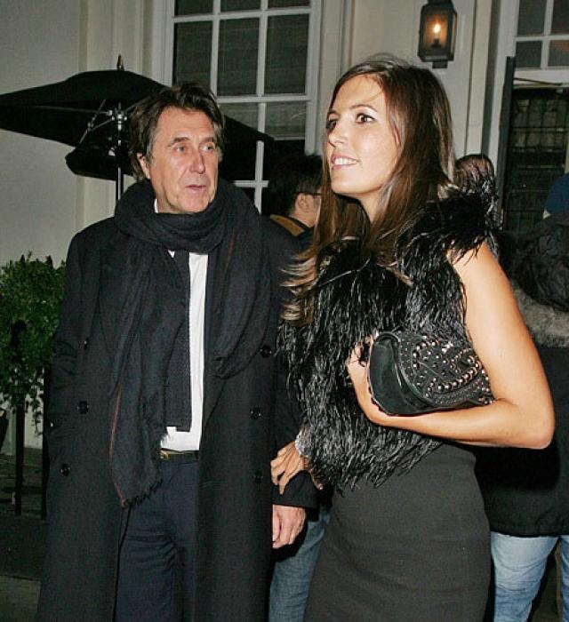 Брайан Ферри и Аманда Шеппард. Легендарный музыкант узаконил отношения с PR-агентом. Разница в возрасте у молодых - 37 лет. 66-летний Брайан иронизировал, что женился на 29-летней Аманде от безысходности, ведь все достойные женщины его возраста уже заняты.