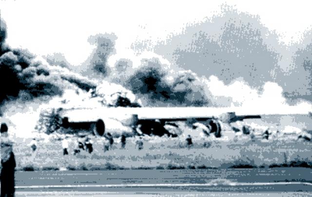 Не дослушав команду до конца и сочтя, что диспетчер разрешил ему взлет, капитан КЛМ дал полную тягу на двигатели и начал разбег, а второй пилот сообщил об этом башне.