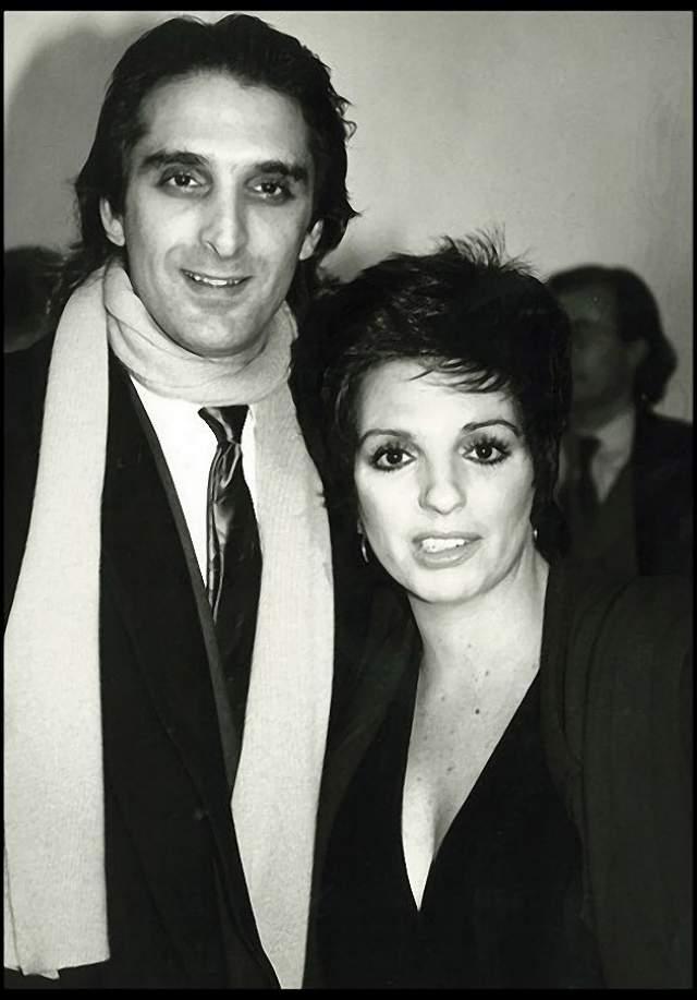 Марк Джеро и Лайза Минелли. Певица была замужем за скульптором до 1992 года.