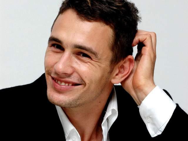 Журналистам же Франко говорил, что ему очень нравится певица Ланы Дель Рей, он даже готов написать о ней книгу и жениться на ней.