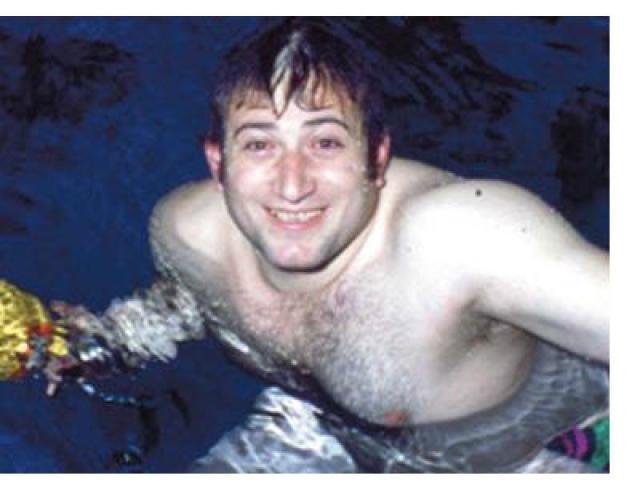 Впервые Шаварш спас множество человеческих жизней в январе 1974 года, когда вместе с товарищами по команде и тренерами на автобусе возвращался в Ереван со знаменитой высокогорной спортивной базы в Цахкадзоре.