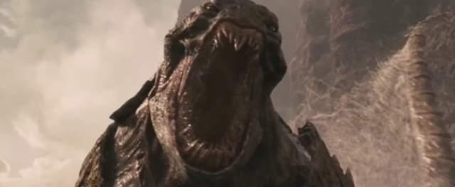"""Кракен """"Битва Титанов"""" Мифический гигантский головоногий моллюск, подчиняющийся Аиду. При помощи того чудовища властитель царства Мертвых держит под контролем людской род. По словам авторов фильма рост Кракена достигает почти 130 метров."""