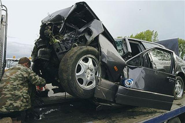 """7 августа 2005 года в 09:20 по московскому времени Евдокимов погиб в результате автомобильной аварии на трассе М-52 """"Чуйский тракт"""" Бийск-Барнаул."""