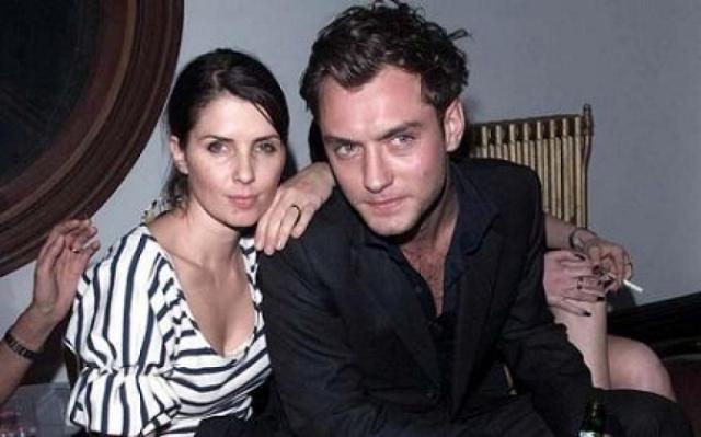 Джуд Лоу. В 1997-2003 годах актер был женат на актрисе Сэйди Фрост, у пары было трое детей.