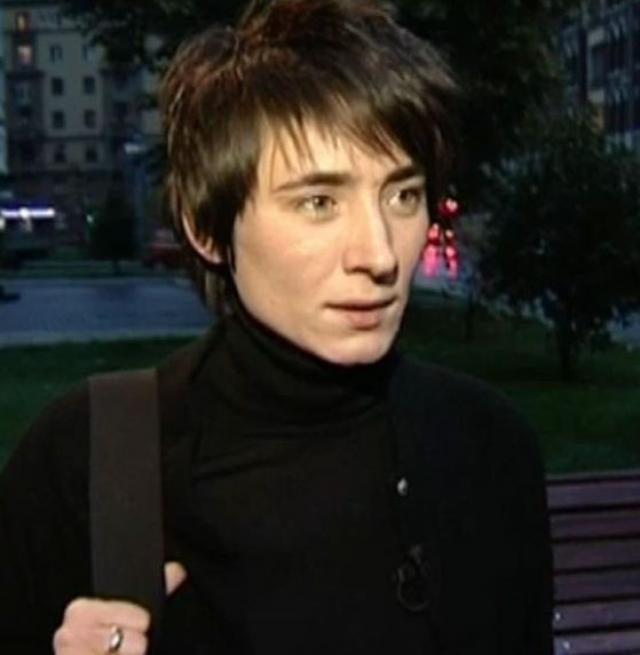 """Земфира Рамазанова: """"У меня такое ощущение, что я приобрела товарный знак и все, кому не лень, меня продают. На концертах не только наших, но и любых других групп возникают какие-то беспорядки."""""""