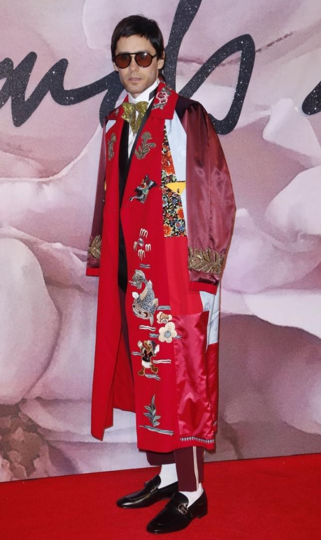 Джаред Лето для выхода на красную ковровую дорожку надел Gucci.