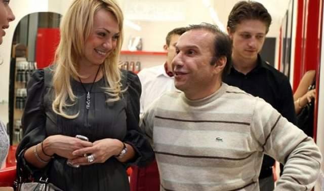 У обоих тогда были сложные, разваливающиеся отношения с бывшими супругами: у Рудковской с бизнесменом Виктором Батуриным, братом Елены Батуриной (супруги Юрия Лужкова), а у Плющенко - с Марией Ермак, дочерью питерского бизнесмена. Но они пережили это время.