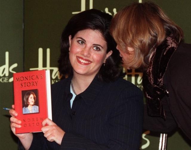 Моника выпустила мемуары об отношениях с Биллом Клинтоном, которые вышли в печать в 1999 году, принесли ей полтора миллиона долларов.