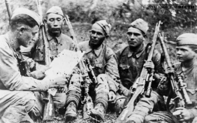 За лето 1943 года командир взвода младший лейтенант Василий Тимофеевич Курка подготовил 59 снайперов, которые истребили свыше 600 оккупантов, а сам - 138 оккупантов.