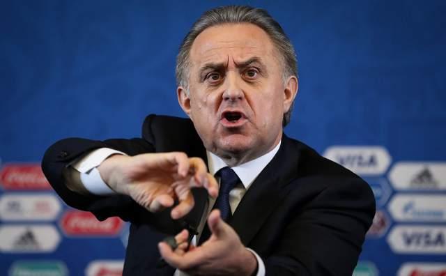 """И на трибуне исполкома ФИФА он произнес: """"Диар президент Блаттер! Колигз оф зе экзекьютив комити! Летс ми спик фром май харт. Ин инглиш!…"""" На словах с характерным акцентом успело вырасти поколение, и, вероятно, их уже никогда не забудут."""