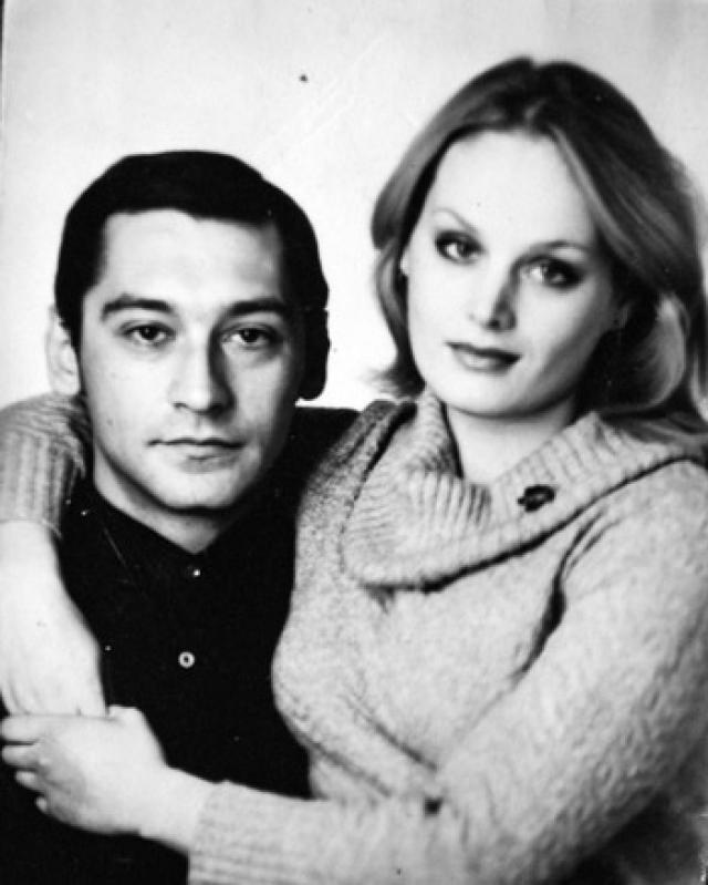 """По словам его следующей супруги, Натальи Егоровой, мужчина буквально возненавидел супругу и иначе как """"Варлеихой"""" ее не называл, а их сына Василия не признал, полагая, что отец ребенка - Костя Райкин, с которым у Варлей якобы случился роман."""