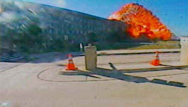 Самолет Боинг 757-200, врезался в здание Пентагона в 9:37:46.