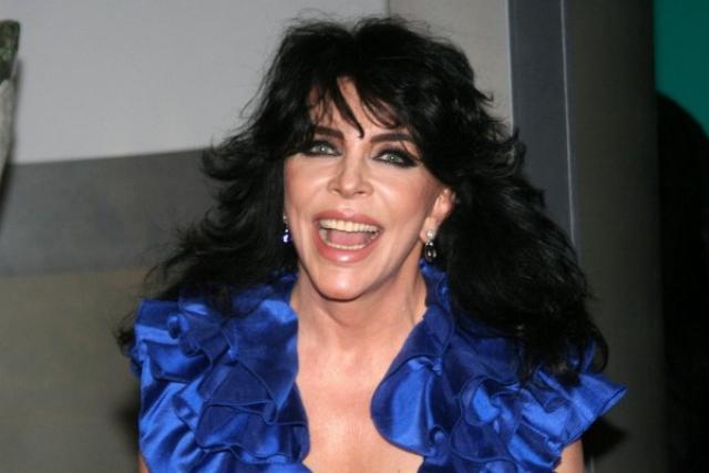 В роли телеведущей Вероника попробовала себя в середине 90-х и до сих пор активно занимается этим делом.