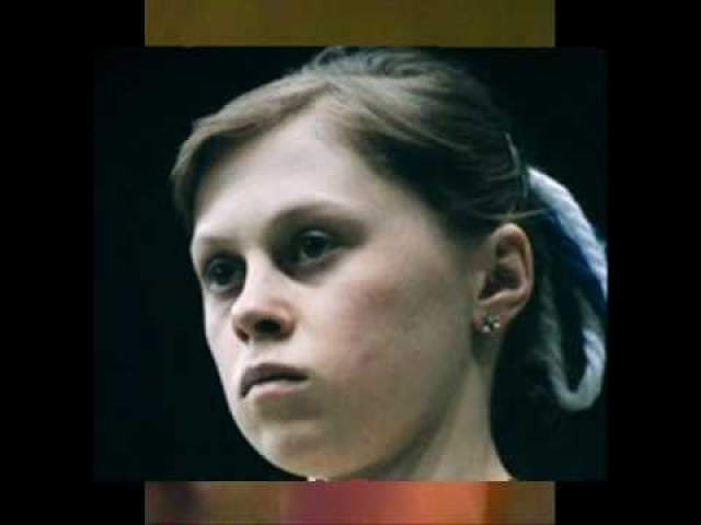 Считается, что Клименко, уезжая, запретил Мухиной самостоятельно тренировать сальто Томаса на помосте, только в поролоновую яму, однако, девушка все же решила исполнить программу полностью, включая новый элемент.