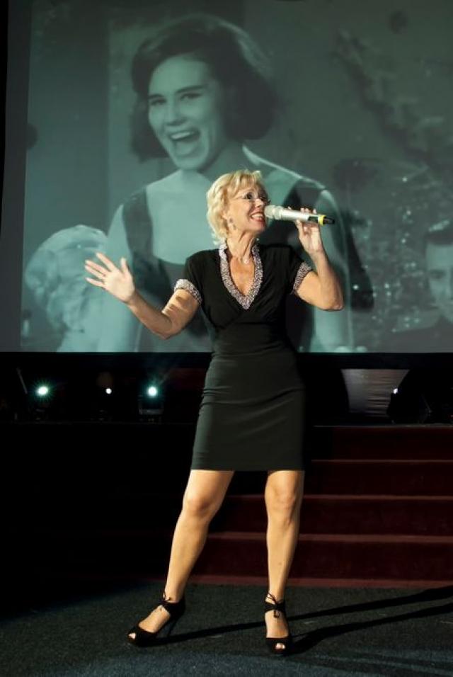 К 1977 году Лариса Мондрус приобрела европейскую популярность как Larissa. За короткий период Мондрус достигла если не мирового, то уж точно – европейского уровня. Ее имя вошло в известный на Западе справочник популярных исполнителей.