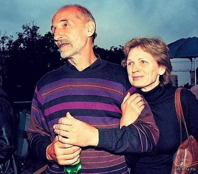 """Петр Мамонов. Жена эпатажного рокера и актера - Ольга, говорит о том, что Петр - """"ее крест"""" с 1982 года."""