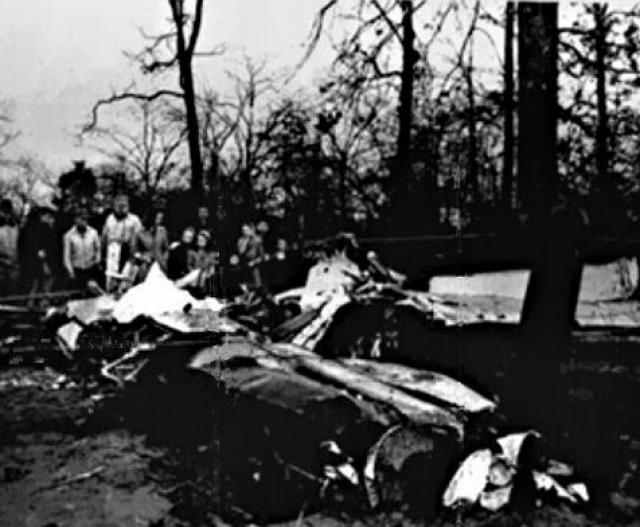 Произошло все на большой высоте, в отсутствие кислорода. Пилот внезапно потерял сознание, когда попробовал приблизиться к неопознанному объекту. Последствия были трагическими.