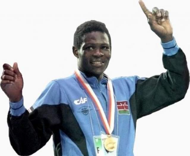 Роберт Вангила - Кения, скончался 24 июля 1944 года ввозрасте 26 лет Первый в истории олимпийский чемпион из Кении по боксу погиб в американском Лас-Вегасе. После завоевания олимпийского золота в категории полусреднего веса на Играл 1988 года в Сеуле Вангила переехал в США и уже там пытался построить свою карьеру. Но, увы, превзойти былые успехи ему так и не удалось.