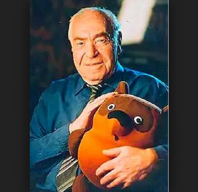 Б. В. Заходер скончался 7 ноября 2000 года в Центральной городской больнице города Королева. Похоронен в Москве на Троекуровском кладбище.