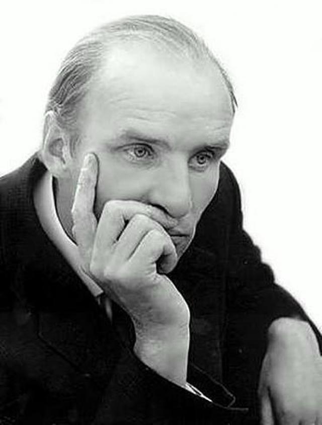 Последние годы своей жизни болел раком легких. Актер умер у себя дома 11 июня 1982 года в возрасте 47 лет после проведенной операции и долгого последующего лечения.