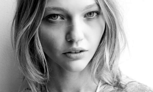 """О том, что она красотка, девушке начал говорить ее муж. """"Я ему не верила: думала, что он меня просто любит, поэтому и говорит так"""", - вспоминает Пивоварова."""