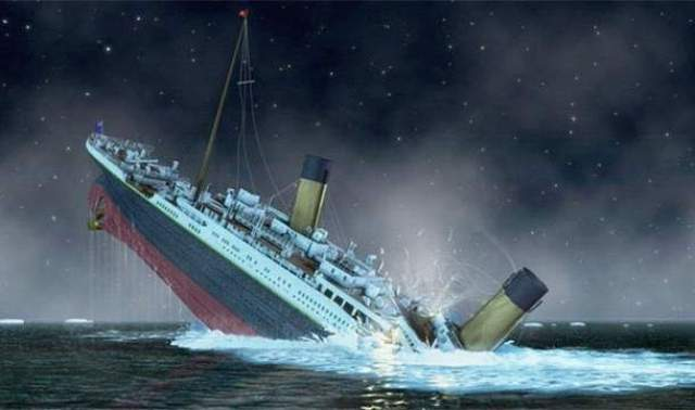 """К сожалению, """"Титаник"""" пошел на дно, столкнувшись с айсбергов в северной Атлантике. В результате крушения подбило более 1500 человек из 2224 пассажиров на борту. Многие из них погибли только потому, что спасательных шлюпок было недостаточно."""