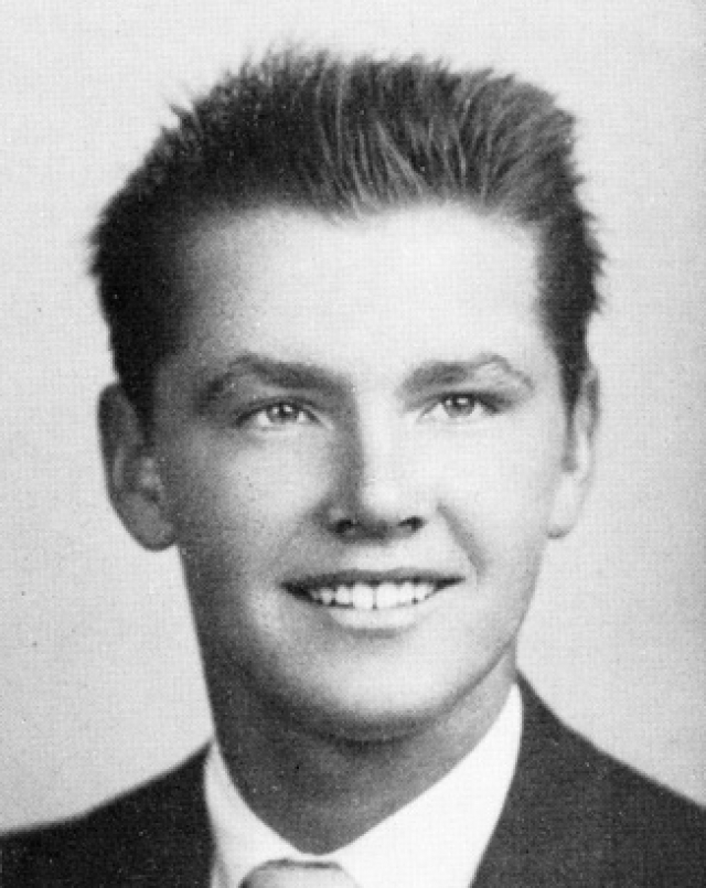 Именно тогда парень узнал, что на самом деле Джун, которую он считал старшей сестрой и которая умерла от рака в 1963 году, была его настоящей матерью.