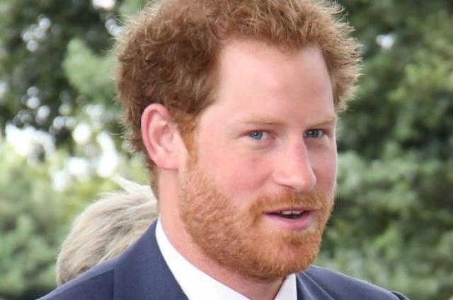 Сейчас Гарри в основном занят путешествиями и личной жизнью. Недавно его подружкой была довольно раскованная фотомодель , что повергало в шок его бабушку, королеву Елизавету.