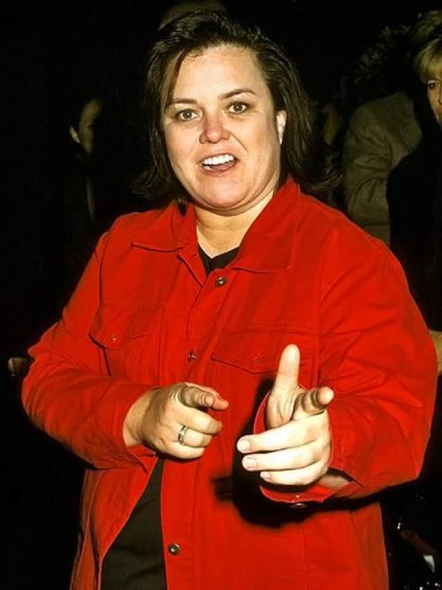 В марте 2002 года во время интервью в программе с Дайан Сойер на телеканале ABC признались в своей гомосексуальности телеведущая, продюсер и стендап-комик Рози О'Доннелл