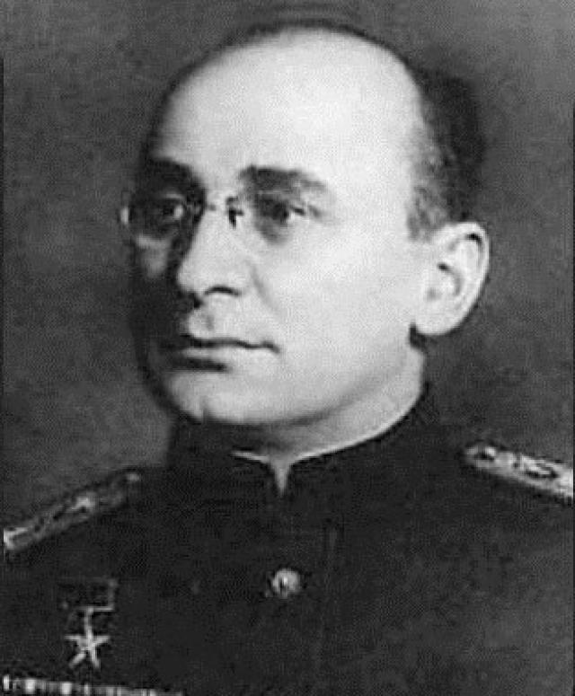 """Помимо воспоминаний """"жертв"""" Лаврентия Петровича, как уже говорилось выше, существуют показания полковника Саркисова."""