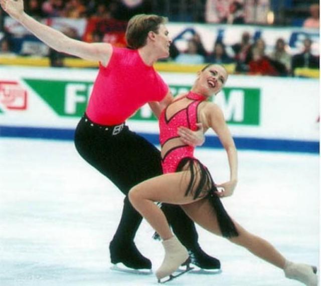 Анна Семенович. Когда-то Анна, с трех лет занимавшаяся фигурным катанием, завоевывала призовые места на международных соревнованиях по парному фигурному катанию.