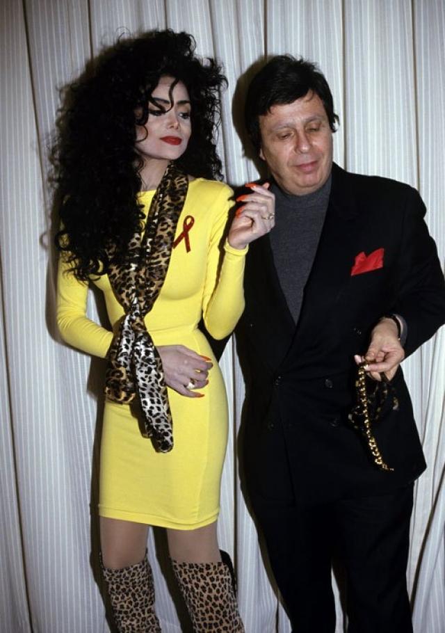 Ла Тойя Джексон. Американская певица, автор песен, актриса, фотомодель, писательница и старшая сестра Майкла Джексона также стала жертвой домашнего насилия.