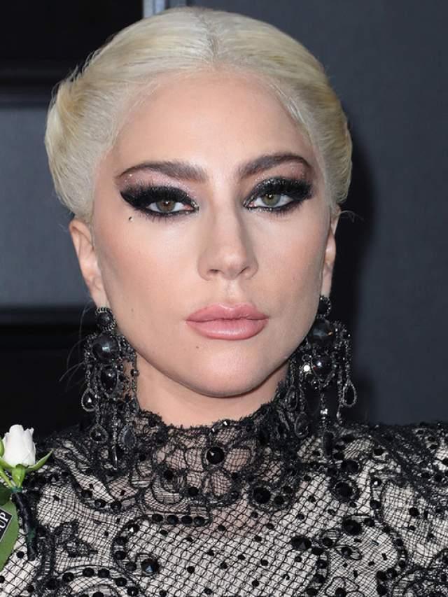 Леди Гага , 32 года. Одна из тех, кто выглядит старше своих лет.